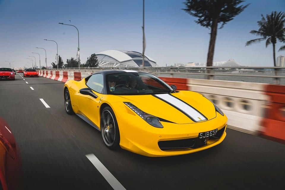 Một chiếc Ferrari 458 Italia đã quá quen mắt với nhà giàu Việt