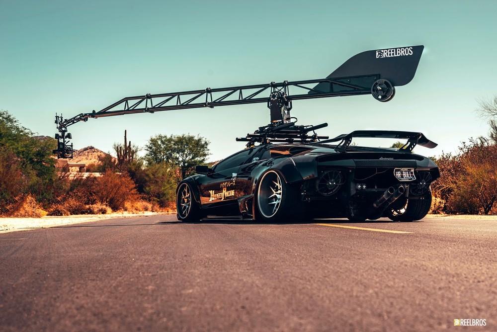 Ngoại thất siêu hầm hố của Lamborghini Murcielago chuyên dùng cho chụp ảnh và quay phim