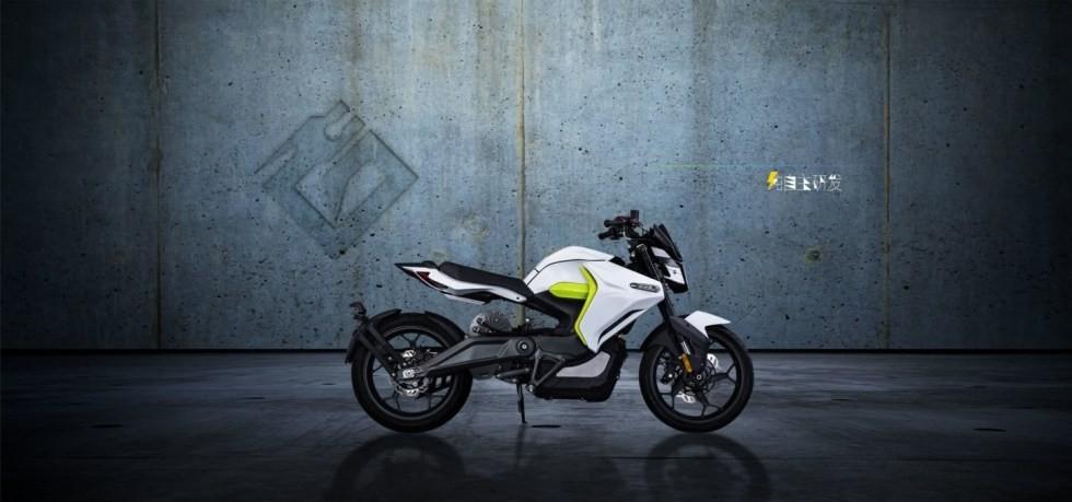 ER 10 được bán với giá 110 triệu đồng tại Trung Quốc