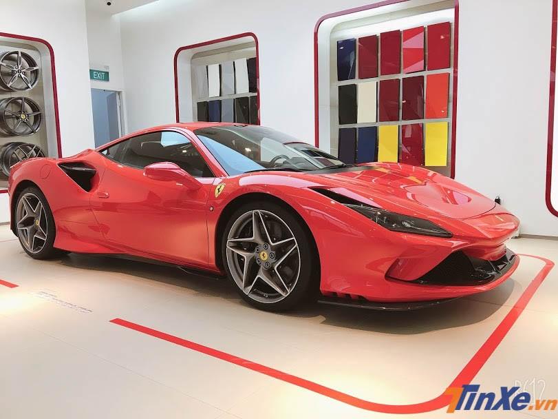 Siêu xe Ferrari F8 Tributo