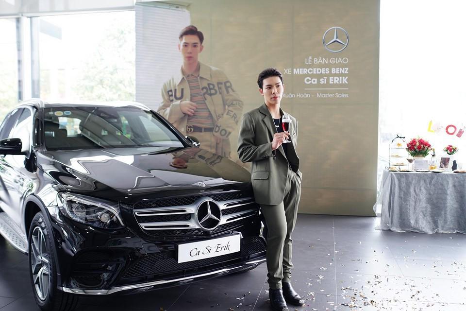 Mercedes-Benz GLC 300 AMG của Erik có giá bán chính hãng hơn 2,2 tỷ đồng