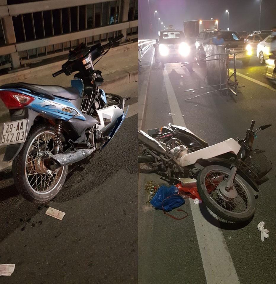 2 chiếc xe máy liên quan đến vụ tai nạn liên hoàn