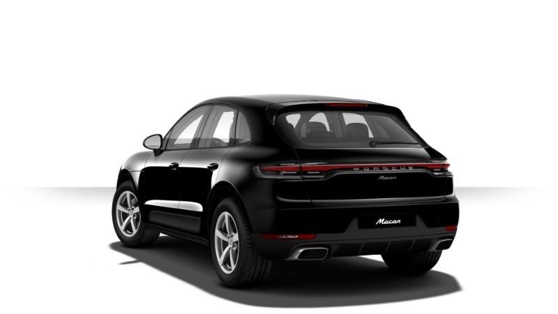 Porsche Macan màu đen