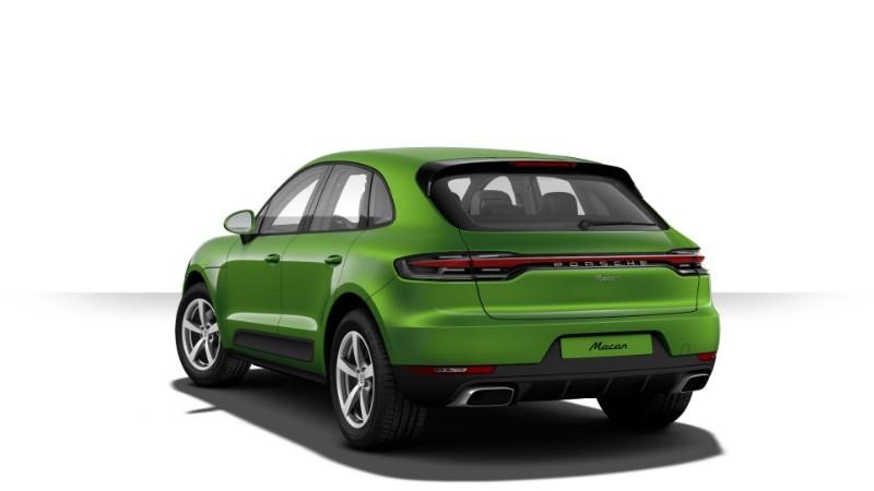 Porsche Macan màu lục