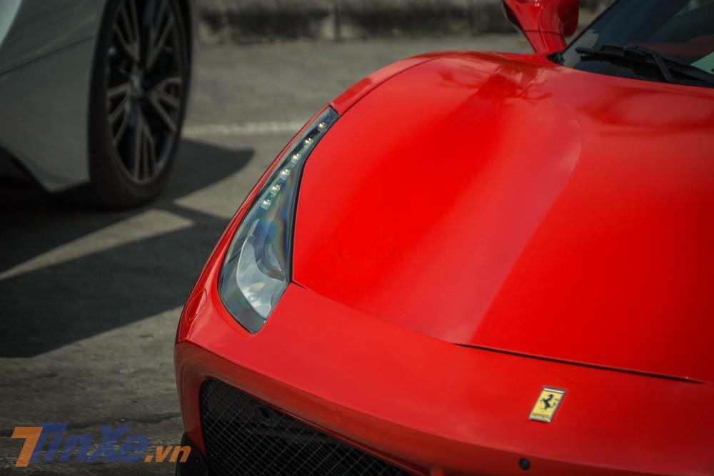Ferrari 488 GTB đạt vận tốc tối đa 330 km/h