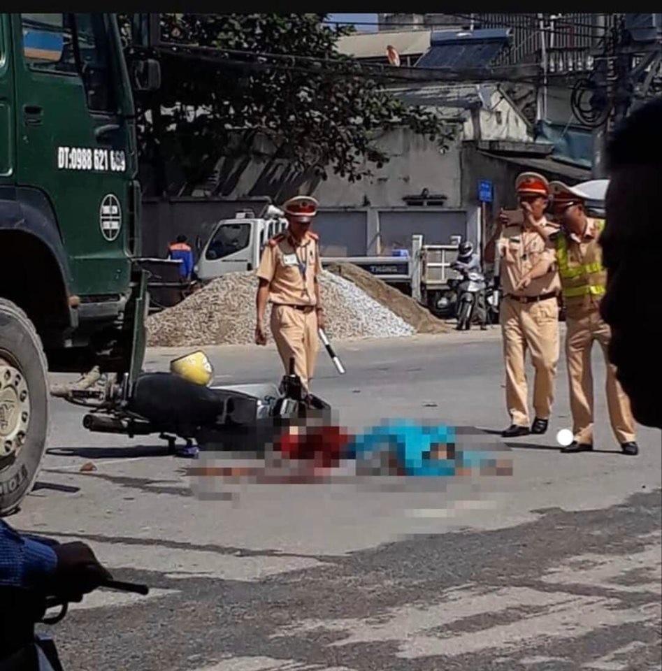 Hiện trường vụ tai nạn giao thông tại Điện Biên