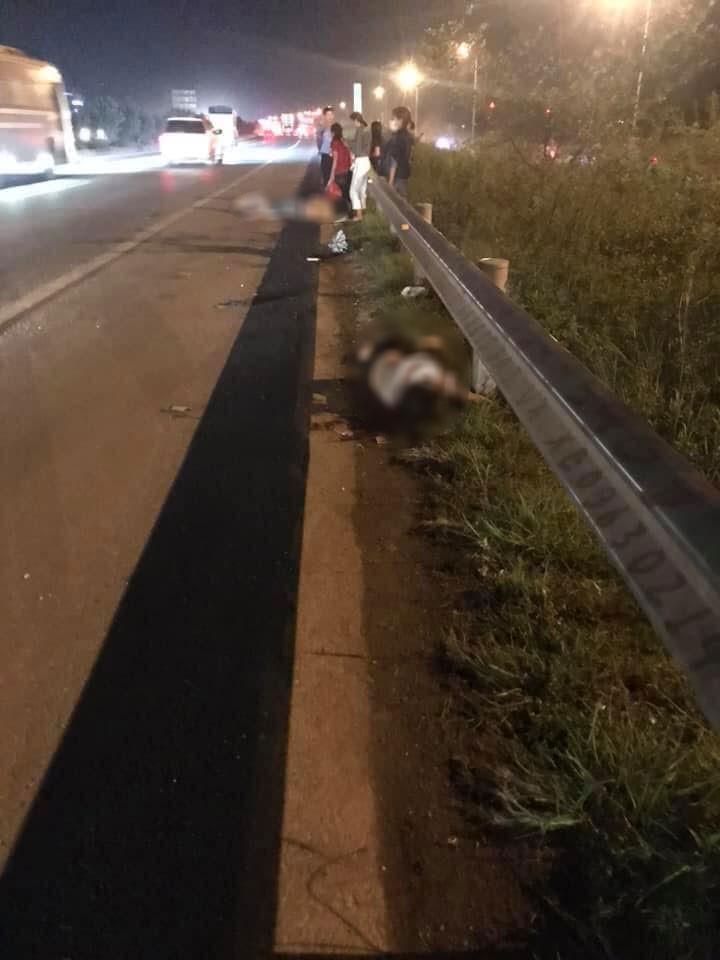 Hiện trường vụ tai nạn trên cao tốc Hà Nội - Bắc Giang