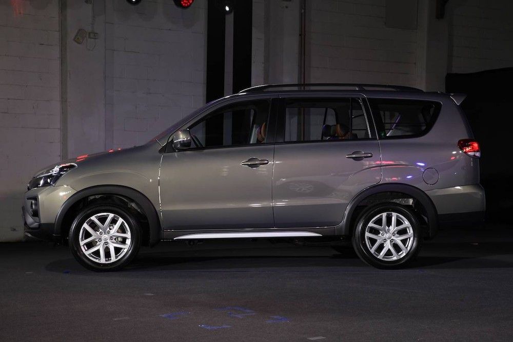 Thiết kế sườn xe của Mitsubishi Zinger 2020