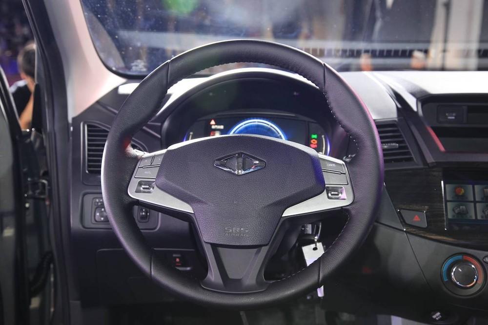 Vô lăng mới của Mitsubishi Zinger 2020