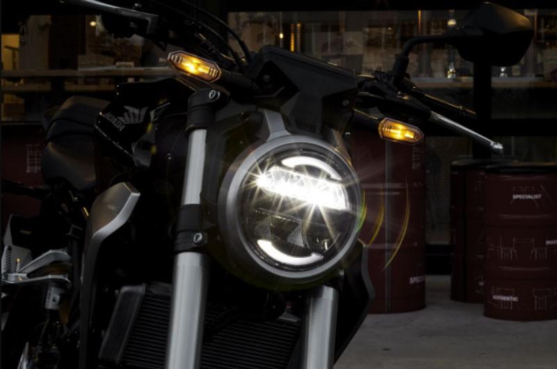Xe trang bị hệ thống chiếu sáng LED hiện đại