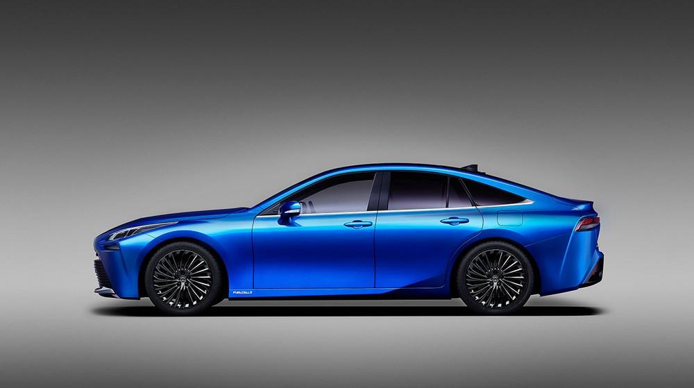 Toyota Mirai Concept sở hữu thiết kế hoàn toàn mới và lớp sơn đặc biệt