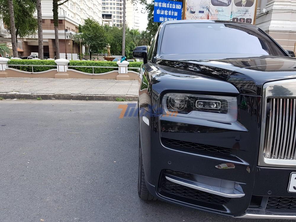 Rolls-Royce Cullinan hiện là chiếc SUV đắt nhất tại Việt Nam