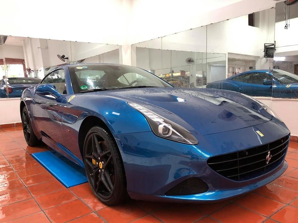 Chiếc Ferrari California T này mới được Chủ tịch Trung Nguyên bán lại