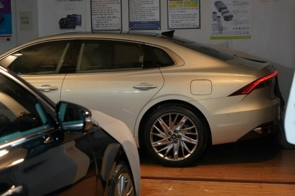 Sẽ không bất ngờ nếu Hyundai Grandeur 2020 có vành la-zăng mới