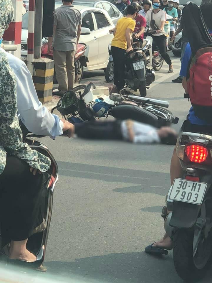 Người đàn ông tử vong trong vụ tai nạn tại chân cầu vượt Thái Hà