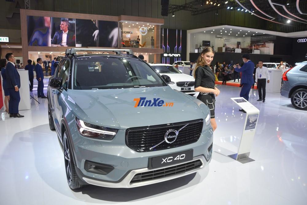 Giá xe Volvo XC40 tại Việt Nam là 1,75 tỷ đồng