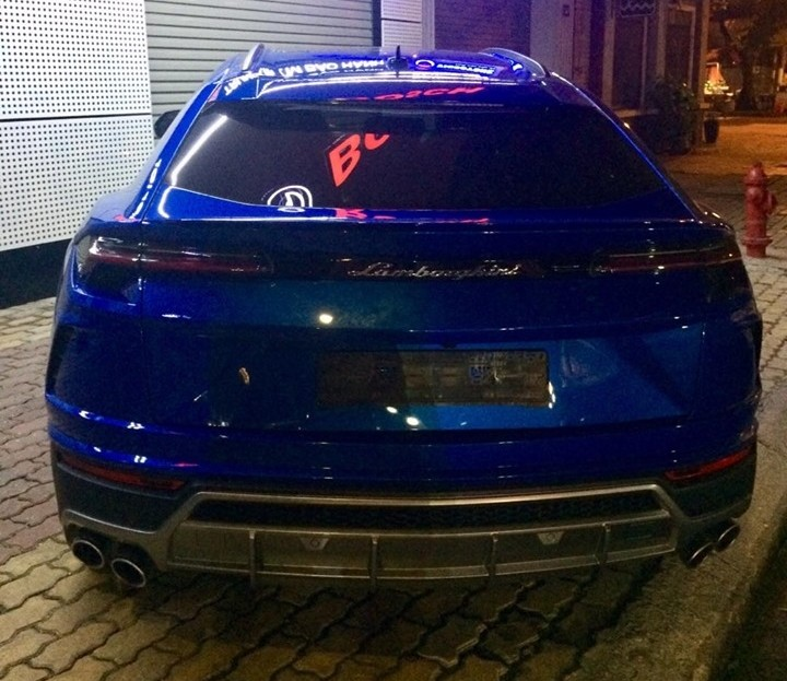 Lamborghini Urus thứ 5 về Việt Nam được nhập khẩu không chính hãng