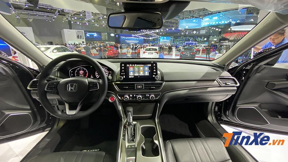 Không gian nội thất bên trong Honda Accord 2020 cá tính, thiên hướng thể thao nhưng vẫn giữ được sự trang trọng cần có của một chiếc sedan hạng D.