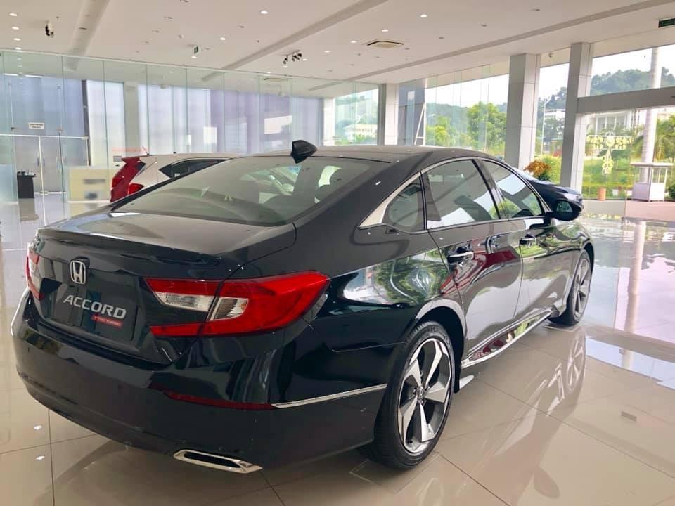 Honda Accord 2019 có thiết kế trẻ trung, thời thượng và thẻ thao nhưng không kém phần sang trọng