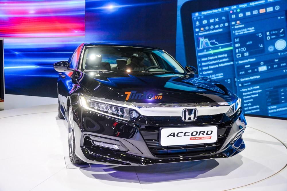 Thiết kế và trang bị của Honda Accord 2019 xoay quanh trải nghiệm của người cầm lái