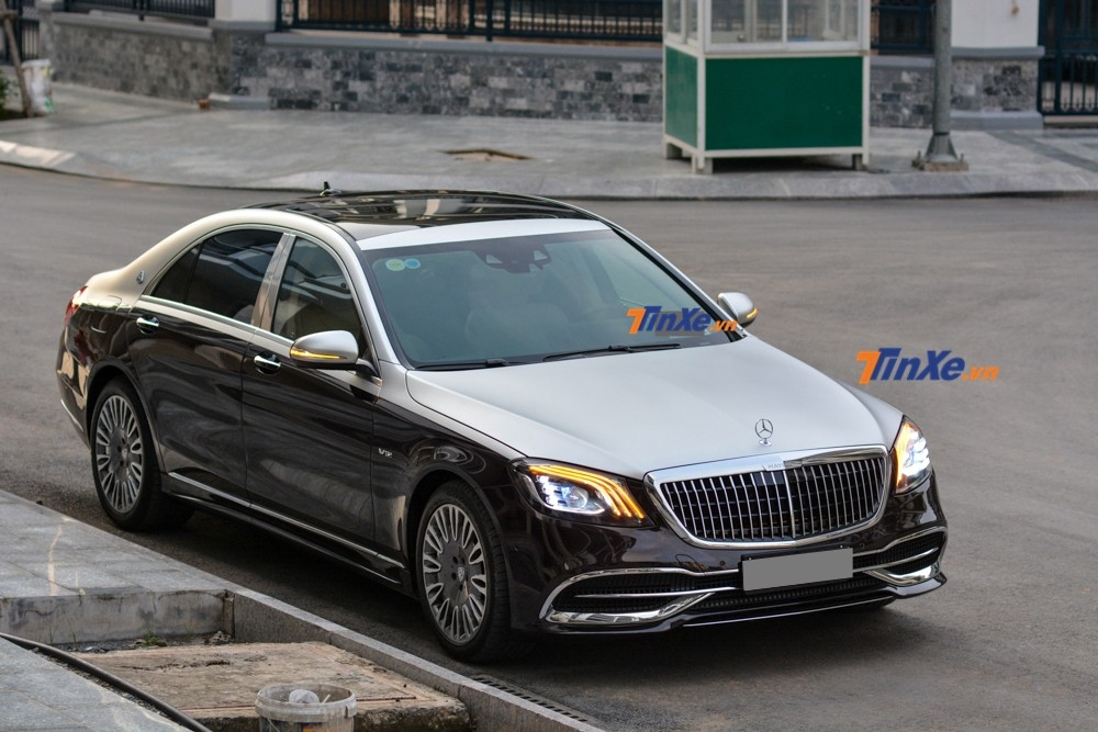 The owner of the 2013 Mercedes-Benz S500 spent nearly half a billion dong to beautify this luxury car