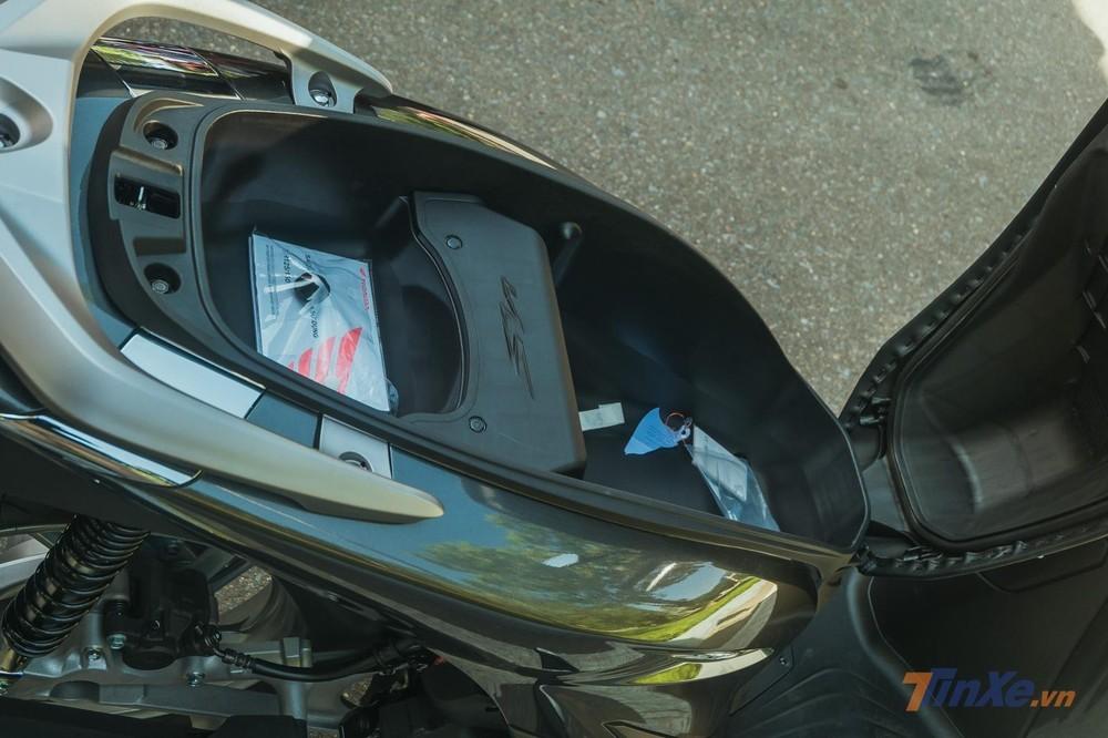 Cốp xe Honda SH 2020