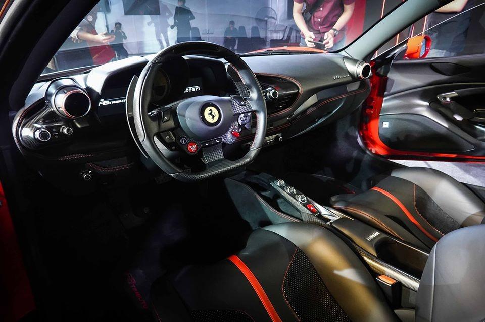Nội thất siêu xe Ferrari F8 Tributo ra mắt Thái Lan