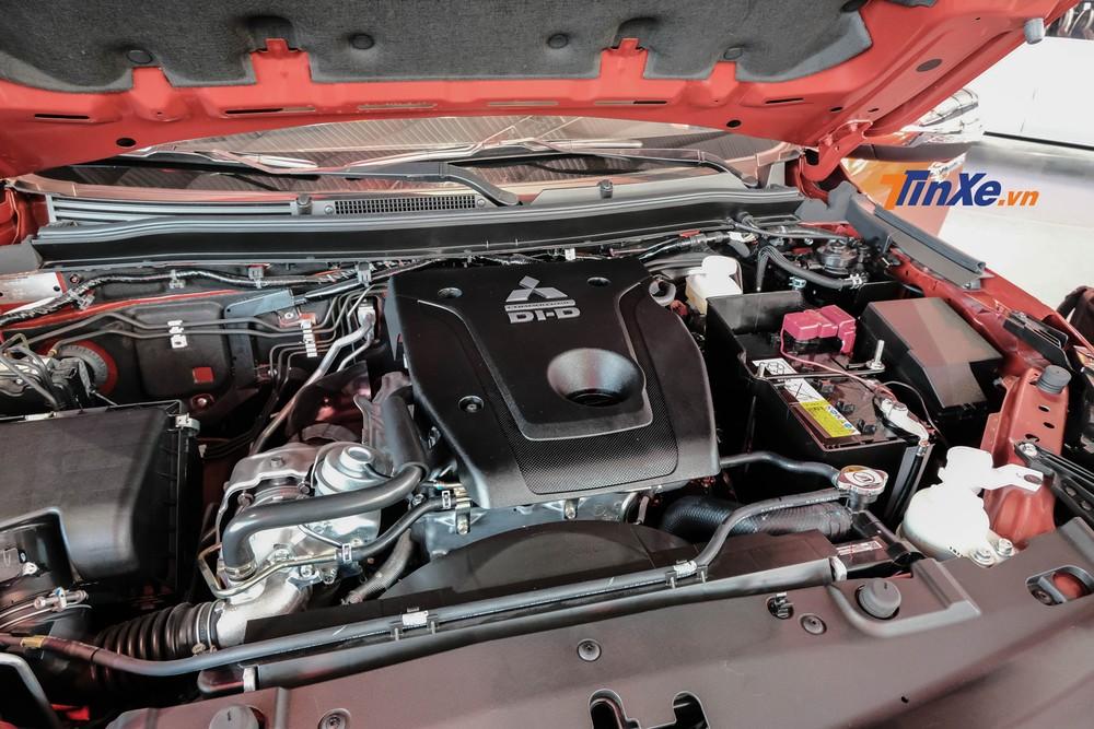 Động cơ của Mitsubishi Triton 2020 vẫn là loại máy dầu Mivec 2.4L giống 2 phiên bản 2019 được ra mắt đầu năm nay