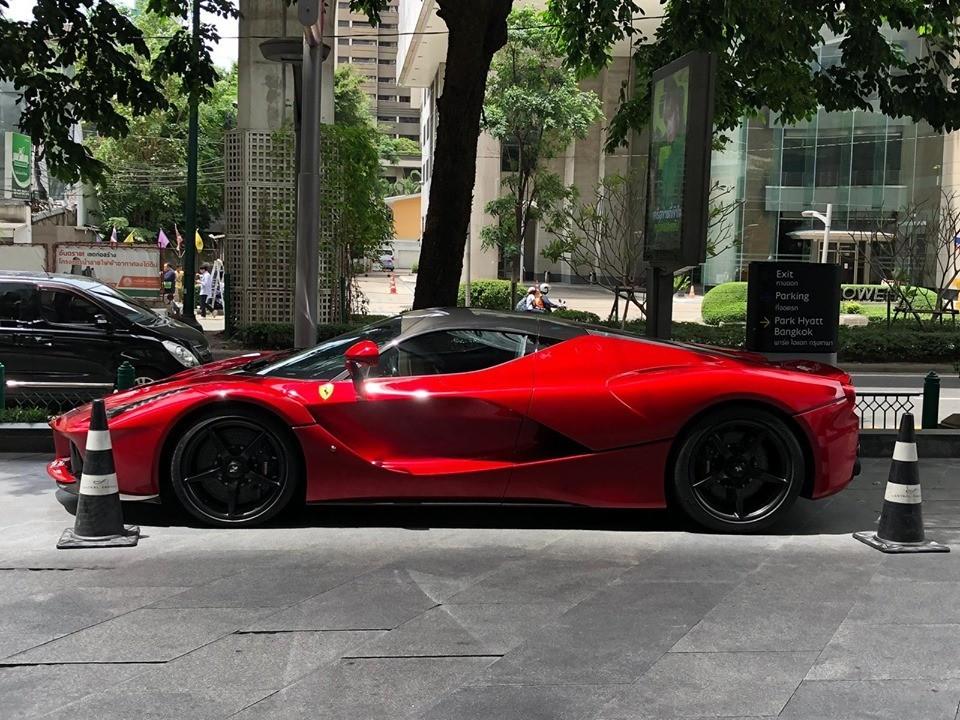 Chỉ có 499 chiếc Ferrari LaFerrari Coupe được sản xuất