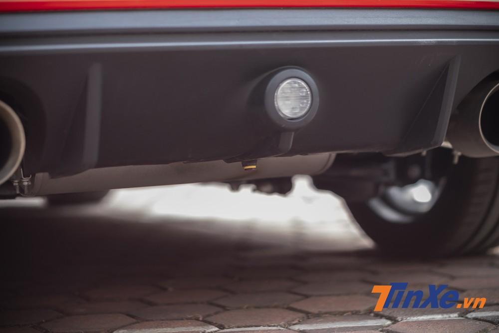 Cảm biến đá chân mở cốp cũng được chủ nhân độ vào chiếc Ford Focus này.