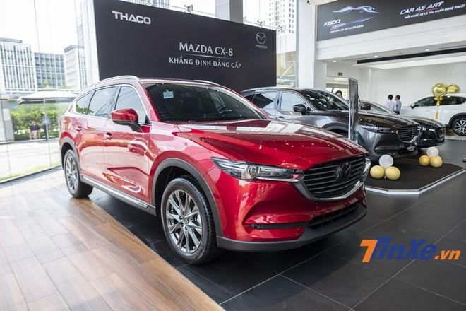 Mazda CX-8 vẫn chưa nổi bật hẳn trong phân khúc dù được nhà sản xuất trang bị nhiều công nghệ đáng tiền