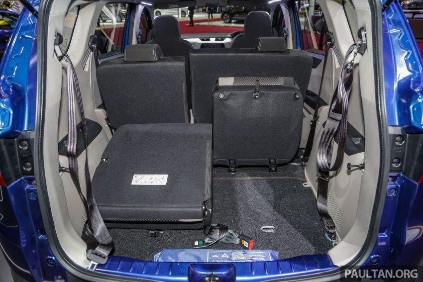 Ghế của Renault Triber 2019 có thể gập để tăng thể tích khoang hành lý