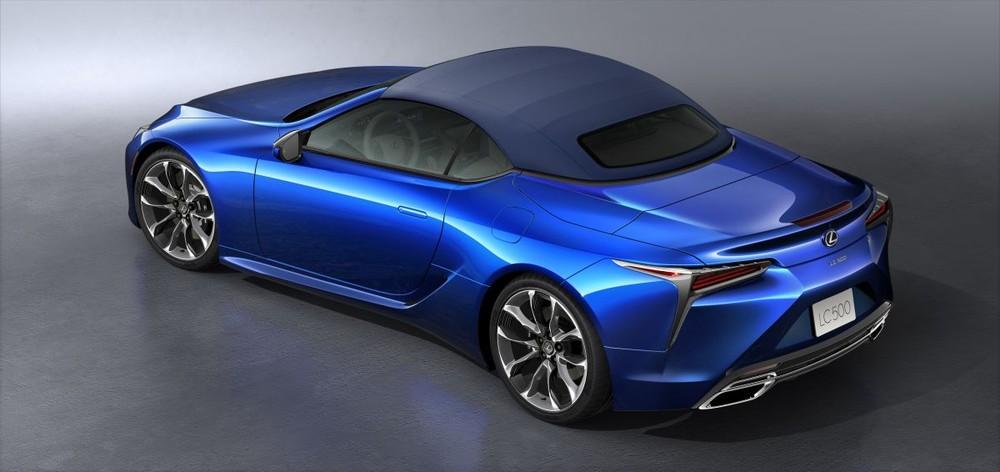 Mui xe Lexus LC 500 Convertible sử dụng vật liệu bền chắc