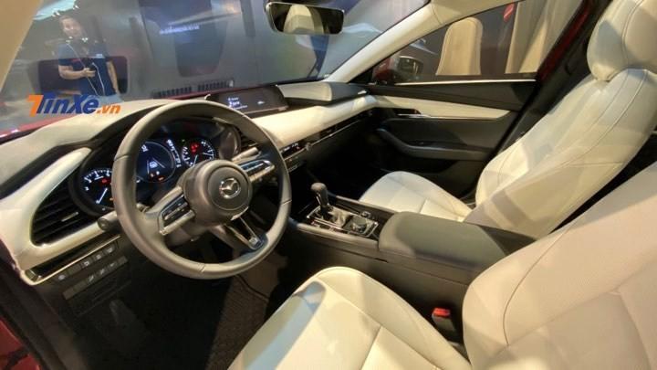 Tổng thể nội thất của Mazda3 2020