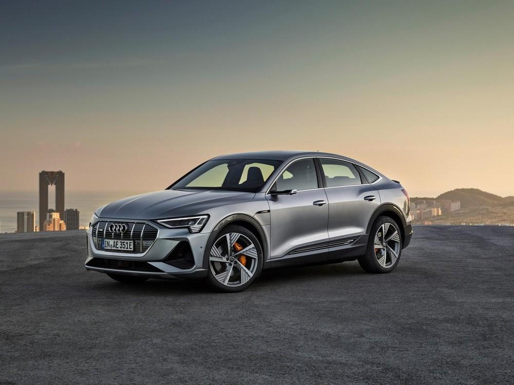 Về bản chất, Audi e-tron Sportback là một phiên bản thể thao, phong cách hơn của e-tron thông thường