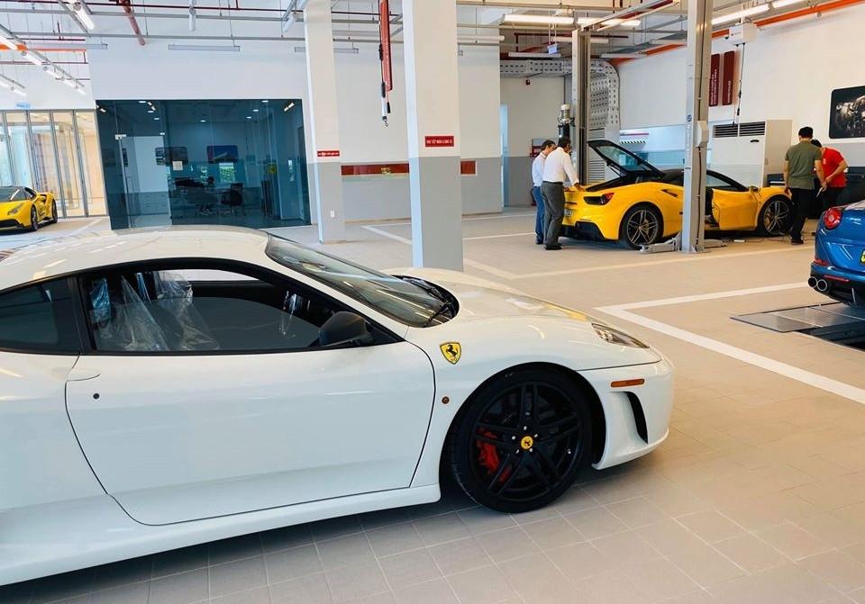 4 chiếc siêu xe Ferrari bên trong xưởng dịch vụ chính hãng của Ferrari Việt Nam