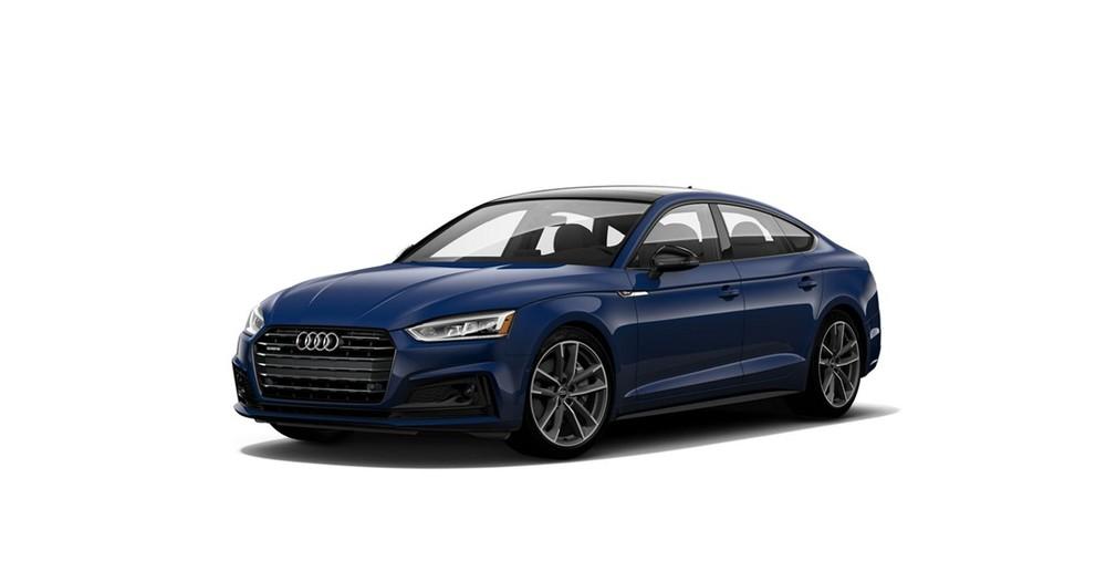 Audi A5 màu xanh