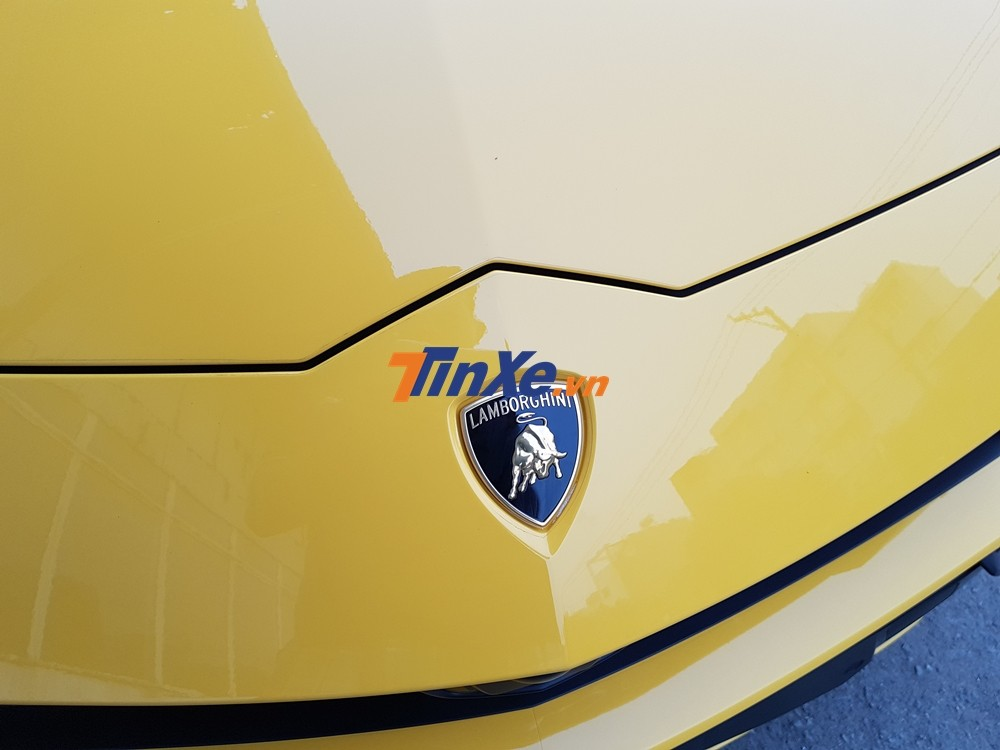 Lamborghini Urus cũng có sức mạnh đáng kinh ngạc nhất trong phân khúc SUV, mẫu xe này được trang bị khối động cơ V8, tăng áp kép, dung tích 4.0 lít, sản sinh công suất tối đa 650 mã lực