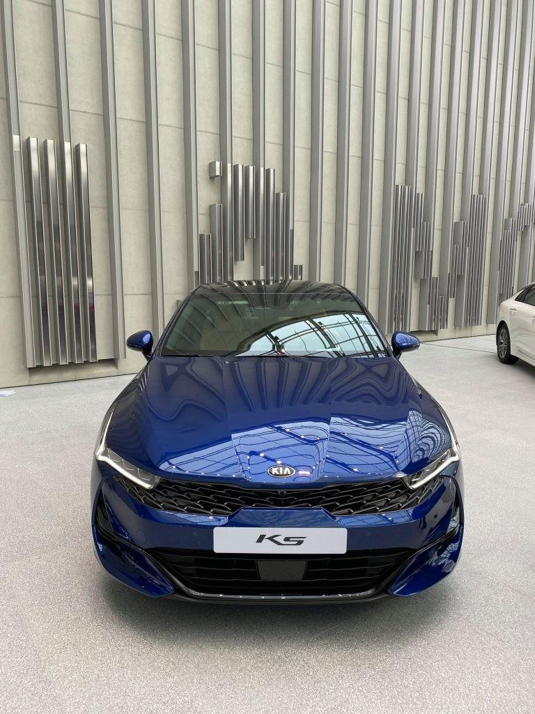 Cận cảnh thiết kế đầu xe của Kia Optima mới