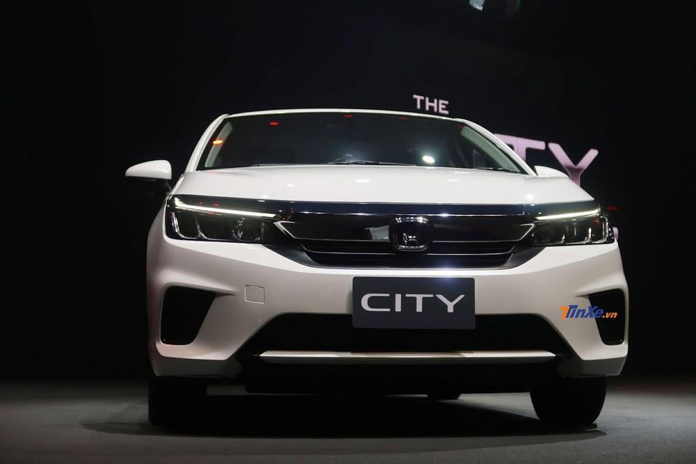 Thiết kế đầu xe của Honda City 2020 chịu ảnh hưởng từ Civic