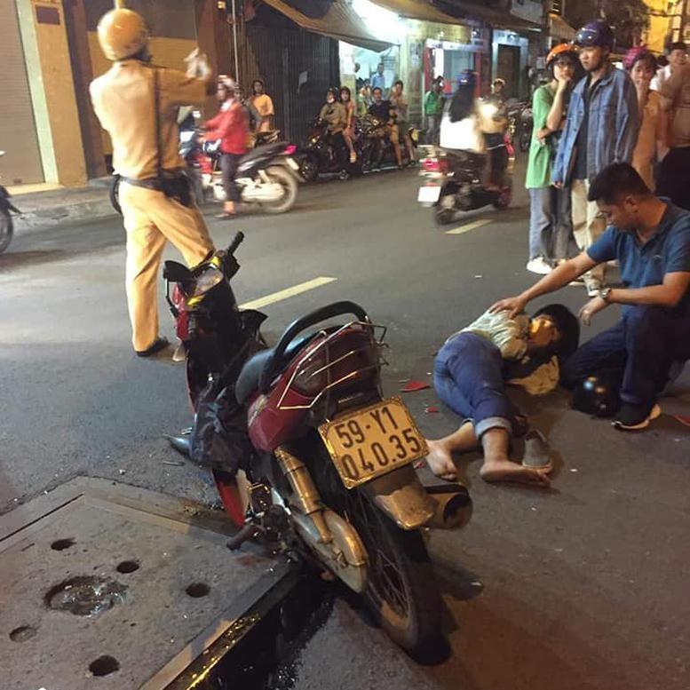 Chiếc xe máy của nạn nhân bị biến dạng