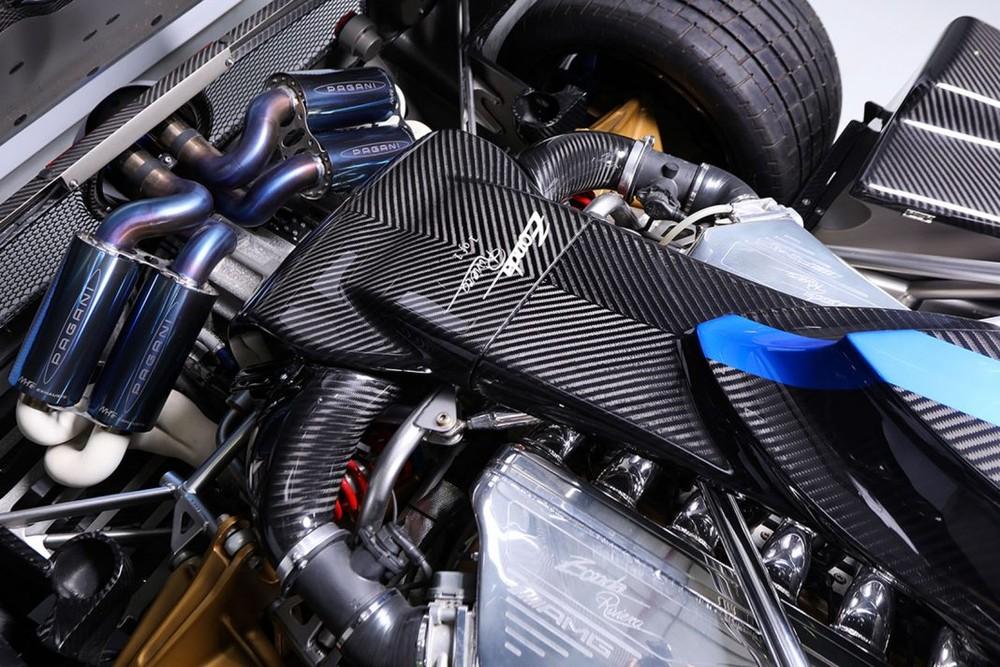 Pagani Zonda Riviera được cho sẽ sử dụng khối động cơ V12, dung tích 7.3 lít, hút khí tự nhiên tương tự như dòng Zonda 760.