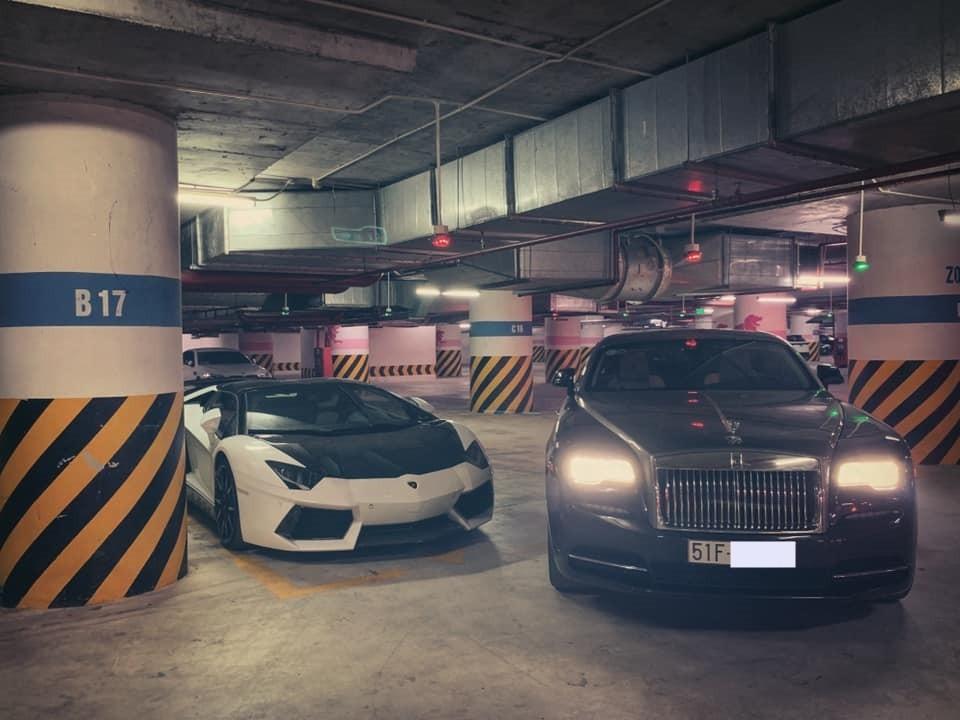Rolls-Royce Wraith và Lamborghini Aventador LP700-4 Roadster độ hơn nửa tỷ đồng của doanh nhân Hà Nội