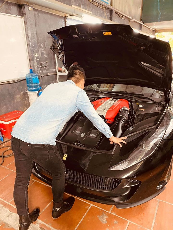 812 Superfast chính là chiếc Ferrari nhanh nhất hiện nay mà nhà giàu Việt sở hữu