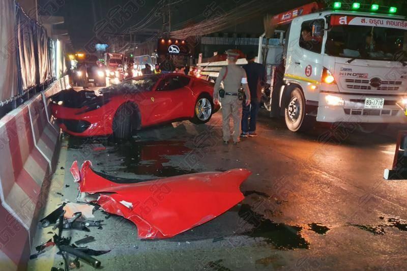 Hiện trường vụ tai nạn của siêu xe Ferrari 812 Superfast ở Thái Lan