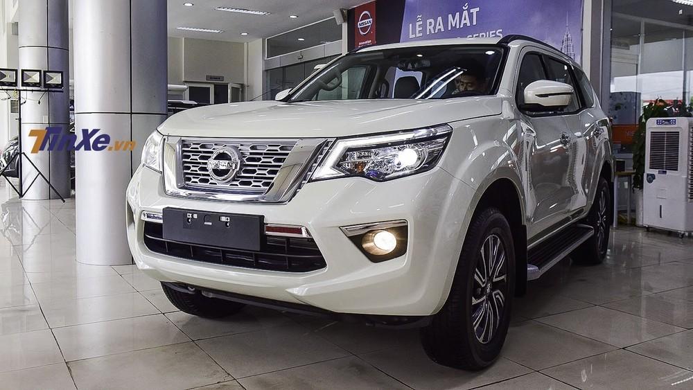 Sang tháng 12, phiên bản V của Nissan Terra vẫn được áp dụng giá ưu đãi giảm 100 triệu đồng