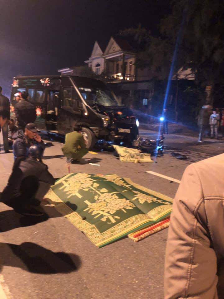 2 thanh niên đi xe máy tử vong tại chỗ