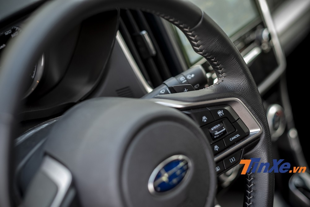 Leverage the steering wheel and two mode switches [S] and [I] Bring more emotions to the driver