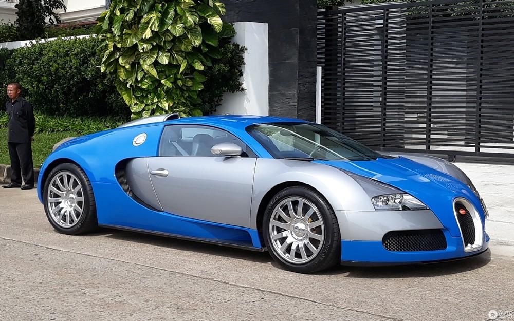 Bugatti Veyron của nhà giàu Indonesia có màu sơn xanh nhạt và bạc