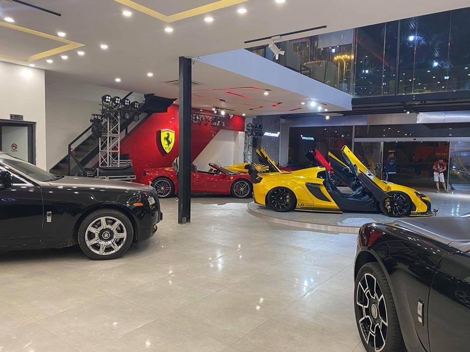 Cặp đôi xe siêu sang Rolls-Royce Ghost